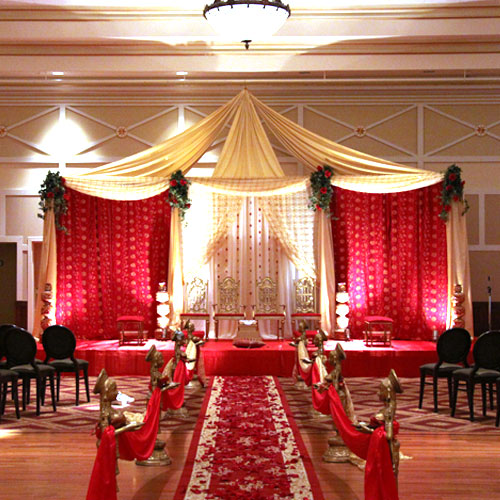 Mughal Wedding Theme This One Is Certainly A Royal Just Like Saif Ali Khan And Kareena Kapoor Had For Their Reception More