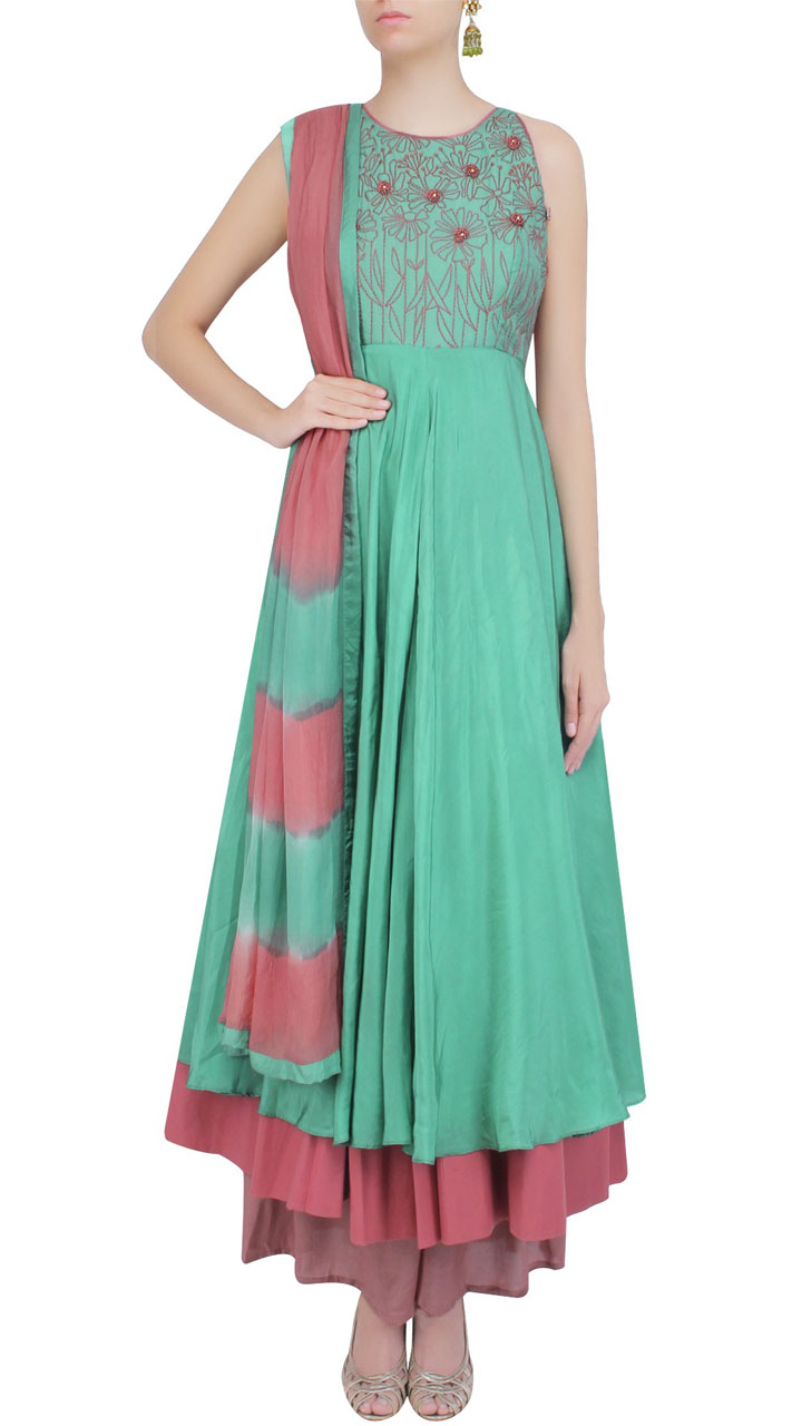 Layered Anarkali Green Color And Silk Fabric SUMS24717