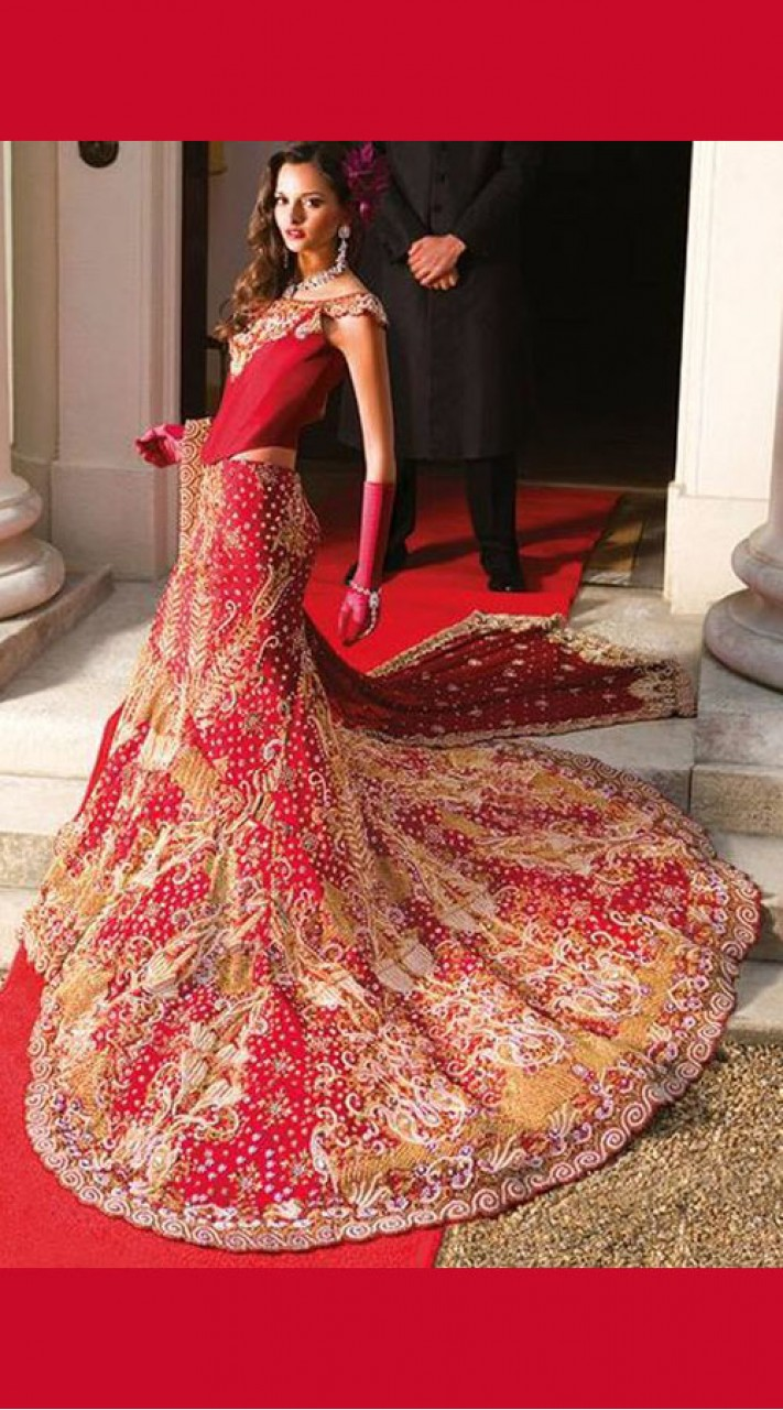 54a208d6e0 Gorgeous Red Heavy Work Bridal Lehenga With Trail SM0304