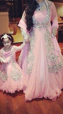 Mother Daughter Dresses For Indian Weddings Online Mom