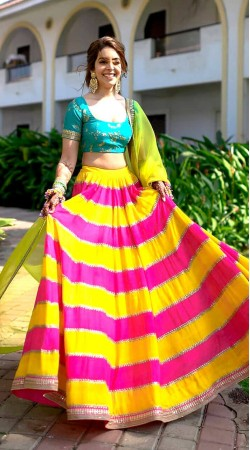 e401d6c77 Yellow and Rani Pink Georgette and Silk
