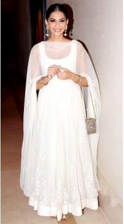 Plain White Bollywood Star Sonam Kapoor Anarkali Suit BP0919