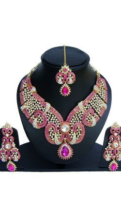 Aesthetic Pink And White Stones Work Necklace Set NNP73602
