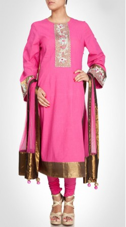 Aesthetic Pink Silk Designer Long Kameez With Golden Border SUMS25117