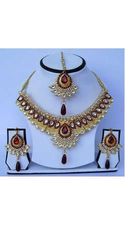 Amazing Golden Plated Maroon Stone Work Necklace Set With Tika N61699