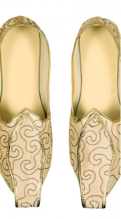 Attractive Cream Party Wear Mens Mojari With Embroidery Work GR12502