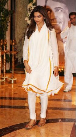 Beautiful Deepika Padukone White Super Plain Churidar Kameez BP0219