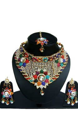 Beautifully Crafted Necklace Set With Maang Tika NNP82406
