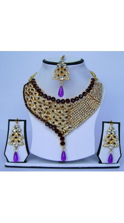Beautifully Crafted Stone Work Golden Plated Necklace Set With Tika N62199