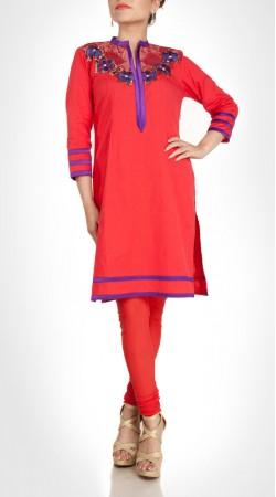 Beguiling Floral Work Neck Red Short Kameez With Churidar SUMS20417