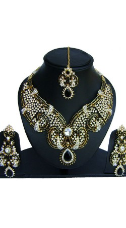 Black And White Stone Work Party Wear Necklace Set With Tika NNP73302