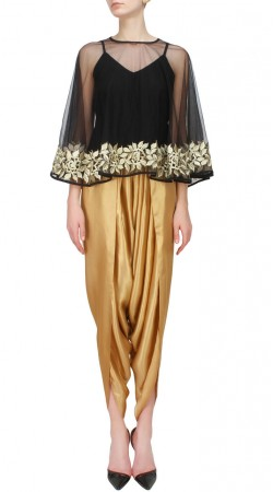 Black Georgette Dhoti Pant Dress With Cape SUUDS50530