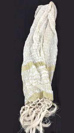 Classy Thread Work White Crushed Sherwani Stole DTS6A36