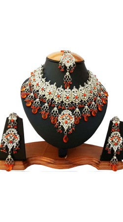 Designer Necklace Set with Tika For Party NNP81706