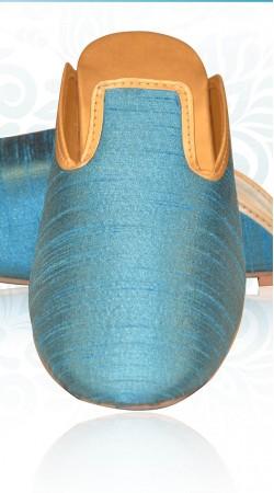 Exclusive Light Blue Raw Silk Mens Wedding Mojari For Sherwani ZP1307