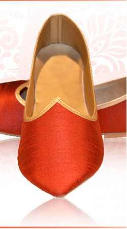 Exclusive Red Raw Silk Mens Wedding Mojari For Designer Sherwani ZP1707