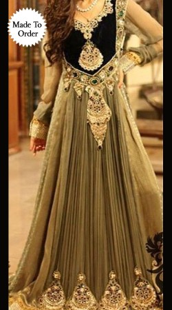 Fantastic Yoke Embroidered Grey Designer Replica Anarkali Suit BP1008