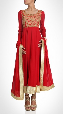 Glamorous Yoke Embroidered Red Ankle Length Anarkali Suit SUMS20317