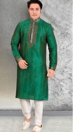 Green Silk Kurta With White Churidar Bottom BN2553311
