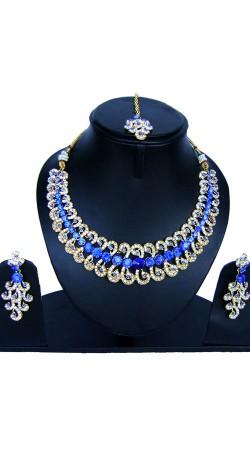Hand Made Designer Necklace Set With Maang Tika NNP84707