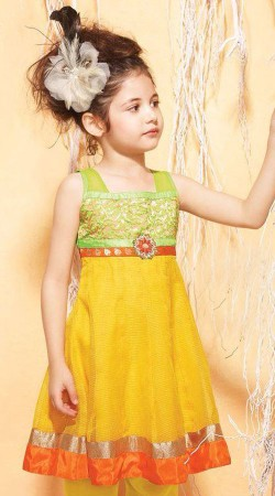 Harshaali Malhotra Yellow Chiffon Baby Girl Suit BP2332