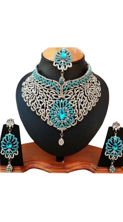 Modernistic Necklace Set With Maang Tika NNP81005
