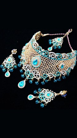 Modernistic Sky Blue Stones Work Necklace Set with Tika NNP77303
