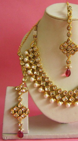 N003596 Stunning Pink Kundan Necklace Set with Tika