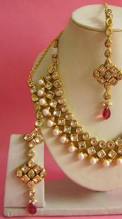 N003596 Stunning Pink Kundan Necklace Set with Tika