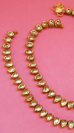 N004596 Trendy Gold Kundan Anklet