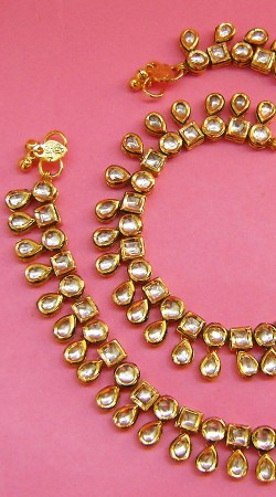 N004696 Beautiful Gold Kundan Anklet