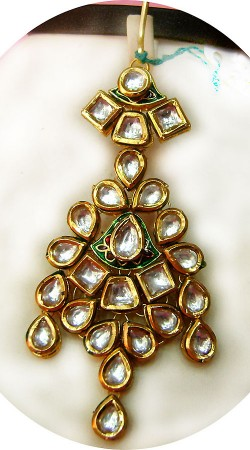 N005796 Trendy Gold Kundan Jhoomer