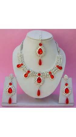 N11395 Necklace Set with Tika Necklace Set with Tika