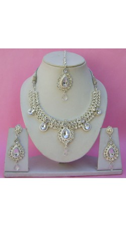 N11695 Necklace Set with Tika Necklace Set with Tika