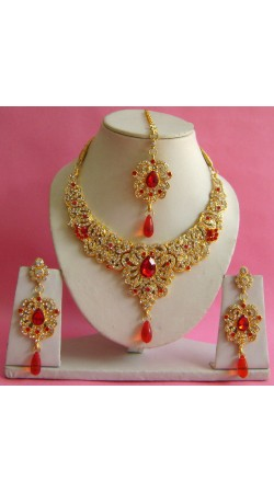 N16795 Necklace Set with Tika Necklace Set with Tika