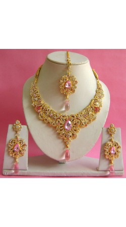 N17295 Necklace Set with Tika Necklace Set with Tika