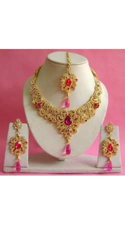 N17495 Necklace Set with Tika Necklace Set with Tika