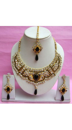 N18995 Necklace Set with Tika Necklace Set with Tika