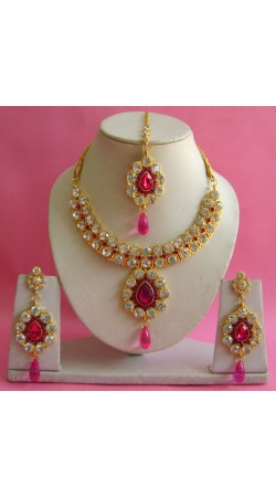 N19395 Necklace Set with Tika Necklace Set with Tika