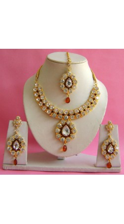 N19695 Necklace Set with Tika Necklace Set with Tika