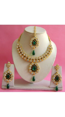 N19795 Necklace Set with Tika Necklace Set with Tika