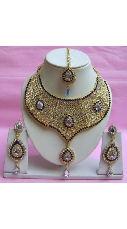 N20995 Choker Artificial Jewellery Necklace Set with Tika