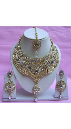 N21495 Choker Artificial Jewellery Necklace Set with Tika