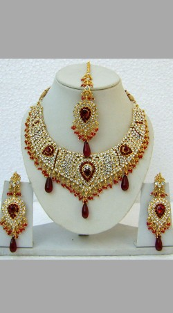 N24595 Drop Shape Necklace Set with Tika
