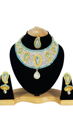 Party Wear Designer Necklace Set With Maang Tika NNP80405