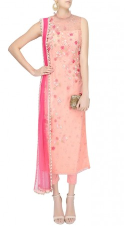 Pink Net High Netted Kameez With Capri Pant SUUDS51230
