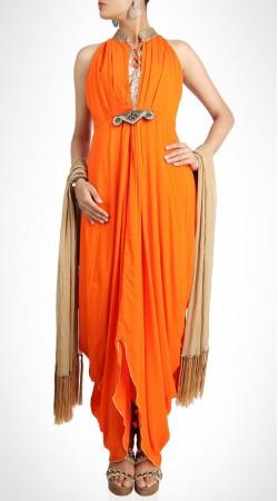 Showing Swagger Orange Stylish Handkerchief Hemline Kameez SUMS19817