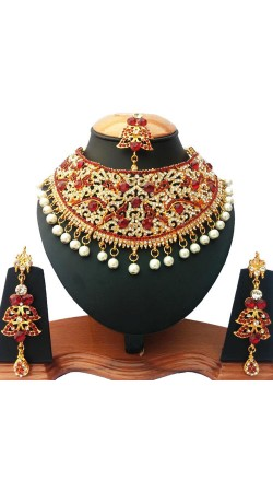Stone And Moti Work Necklace Set With Maang Tika NNP75703