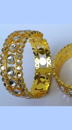 Stunning Golden Plated Designer Cut Kundan Bangle Kada N000897