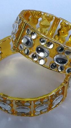 Stylish Designer Cut Kundan Golden Plated Bangle Kada N001997